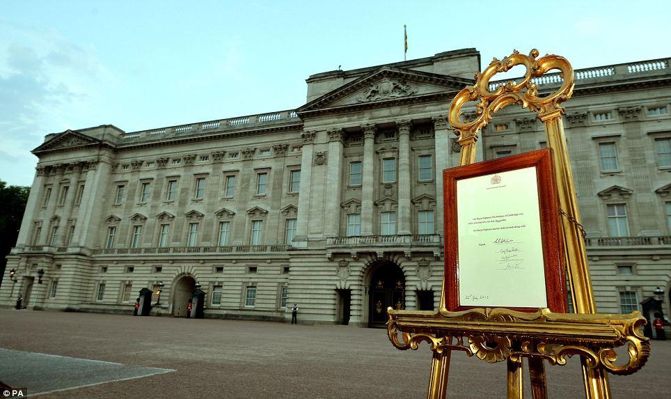 Annuncio ufficiale della nascita del figlio dei Duchi di Cambridge