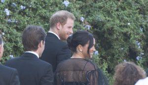 meghan-in-valentino-abito-nero-matrimonio-misha-nonoo
