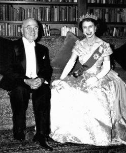 La futura regina Elisabetta e il presidente americano Truman