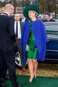 maxima cappotto blu abito verde